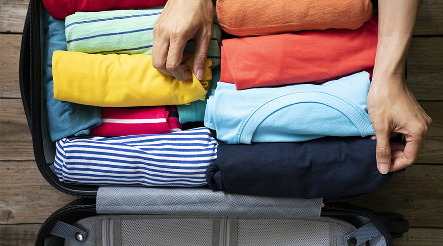 Roll your clothes packing tips
